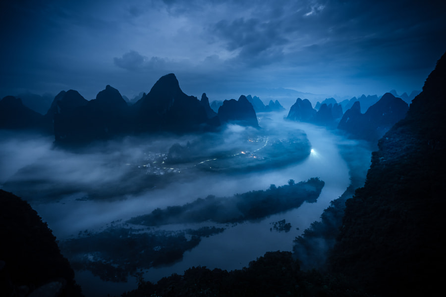 On the Rivers of Guilin by Tobias Hägg on 500px.com