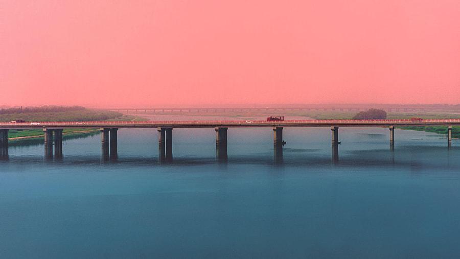 路上风景 by 拇指鱼  on 500px.com