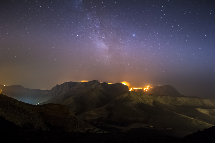 Tamadaba's wildfire at night by Carmelo Ruiz on 500px.com