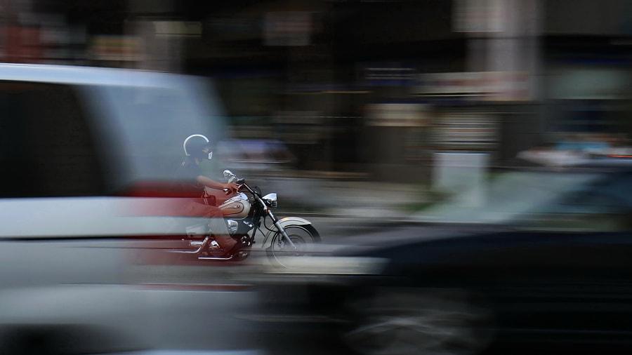 【城市脉动】 by 摄眼有疆  on 500px.com