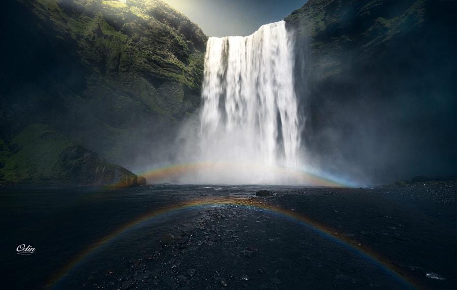 长在地上的彩虹 by Odin____  on 500px.com