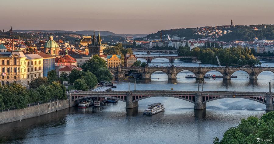 布拉格伏尔塔瓦河 by Patrick on 500px.com