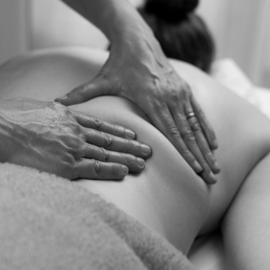 __Massaging Hands__