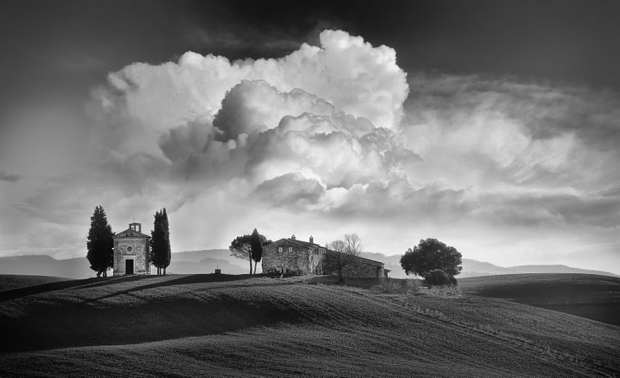 the sky and the chapel by mauro maione