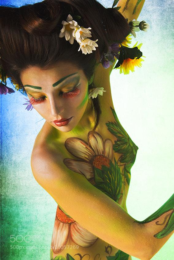 Photograph Lady Spring by La Sombra de lo  que una vez Fui on 500px