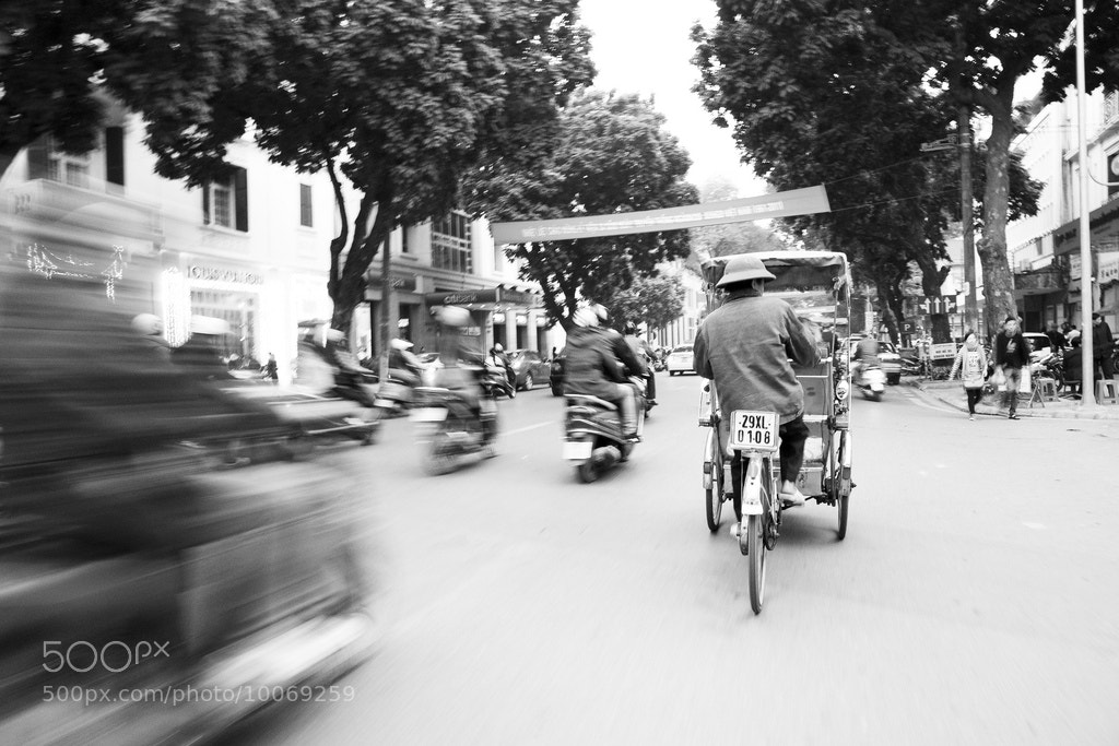 Photograph Cyclo by Samantha T on 500px