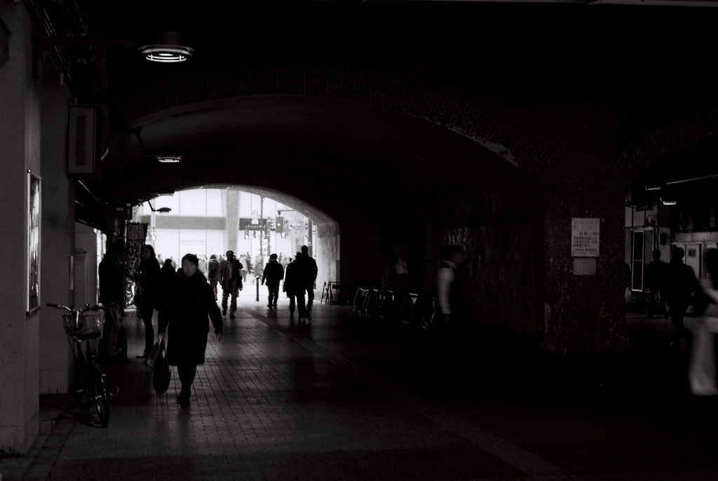 Photograph walking silhouettes #3 by Kenji T on 500px
