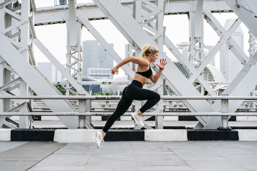 Sportswoman running by Oleksandr Boiko on 500px.com