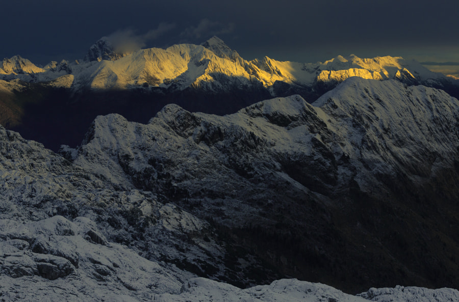 Mountains with Powder Snow by Jure Batagelj on 500px.com