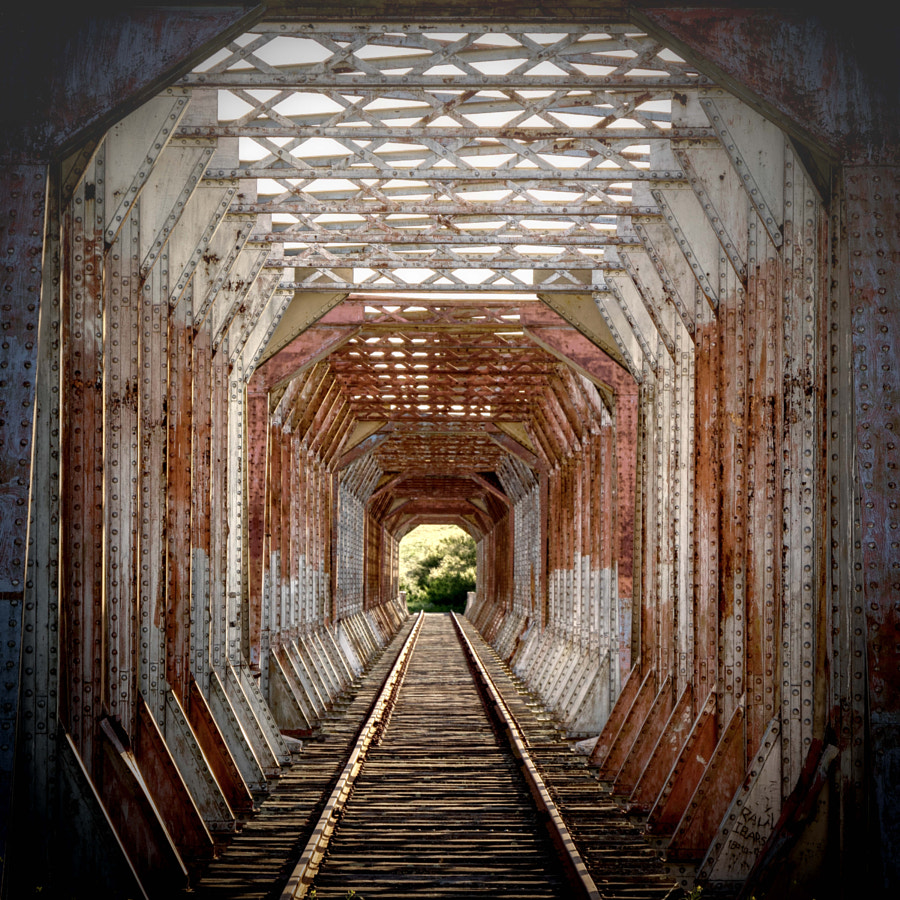 tunnel efect by Claudio Severini on 500px.com