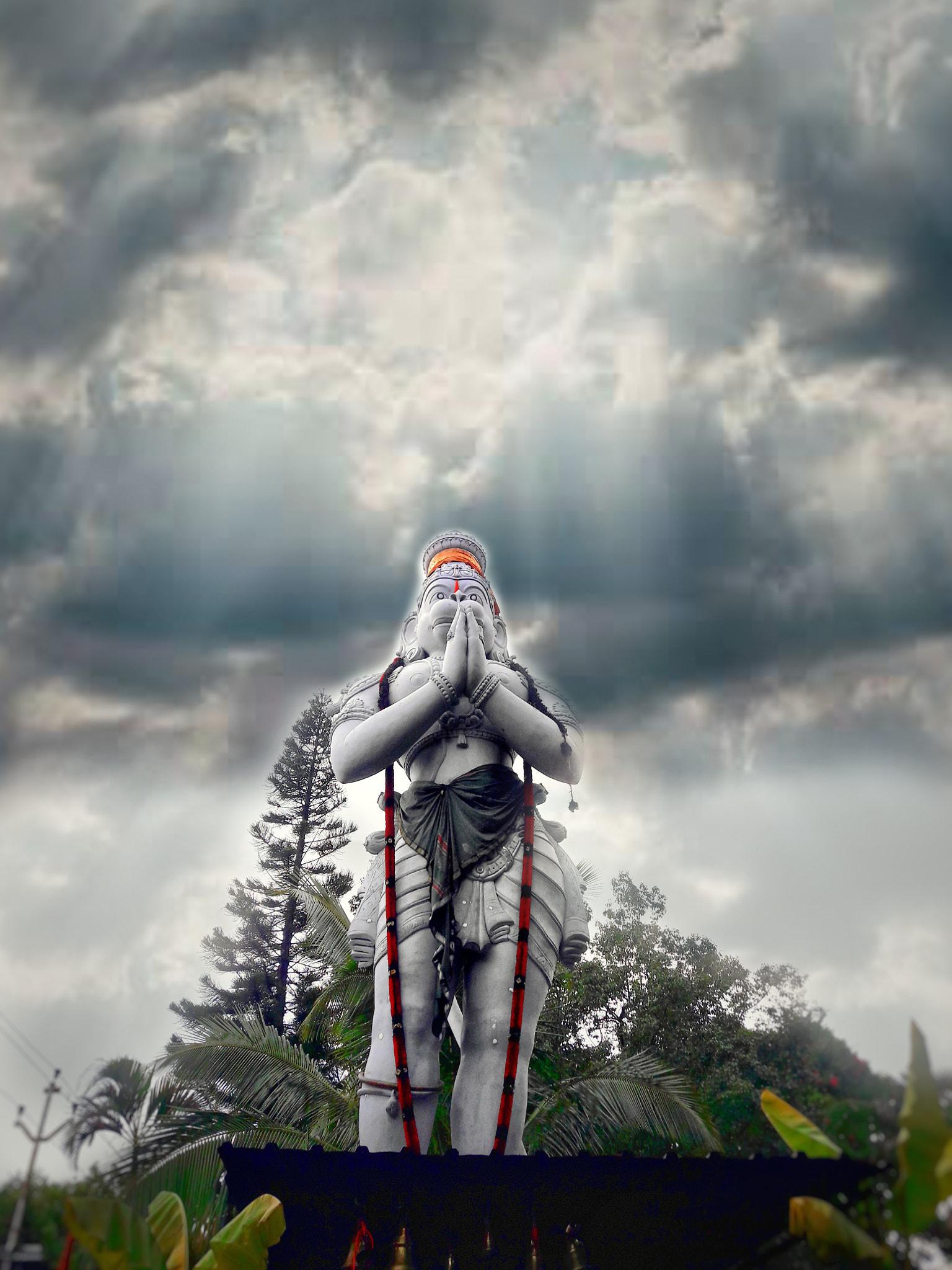 Huge statue of Hanuman