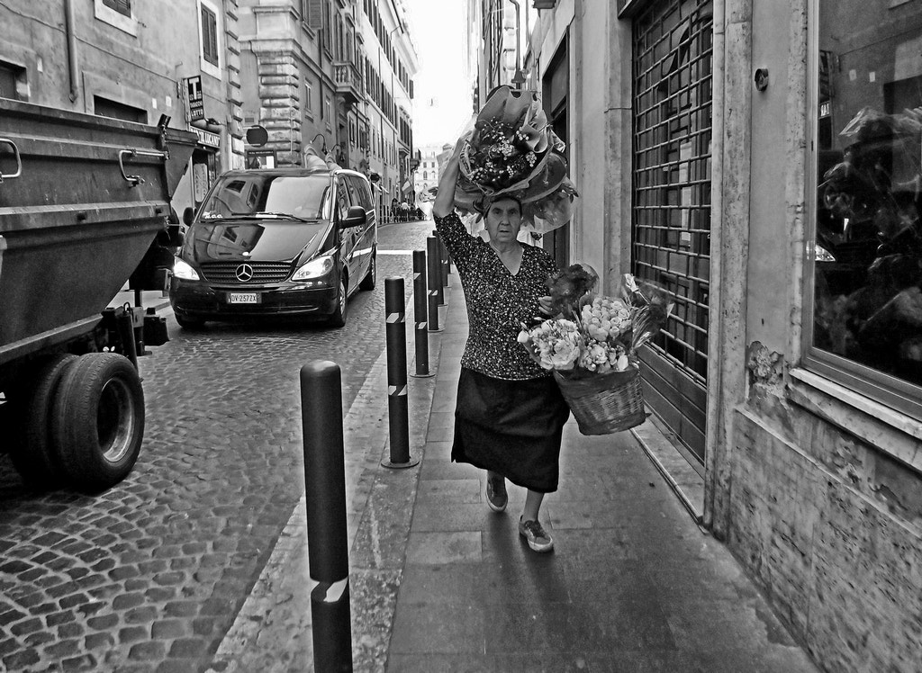 Photograph Flower lady is coming by Giuseppe Grimaldi on 500px