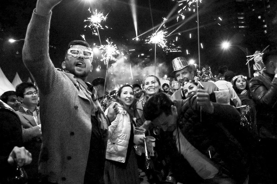 Año nuevo (2020) sobre paseo de la reforma en la Ciudad de México by Fluorescent Space Foto on 500px.com