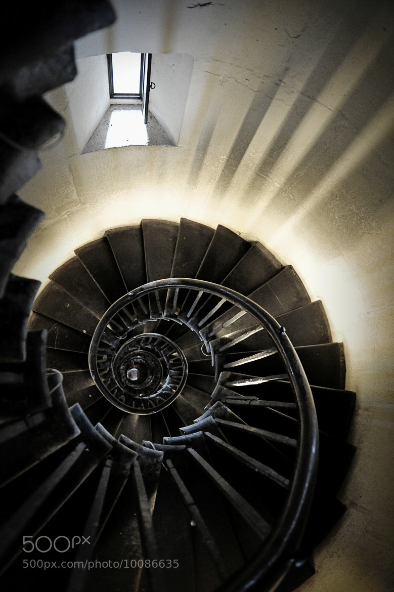 Photograph Monument Spiral by Iain Blake on 500px