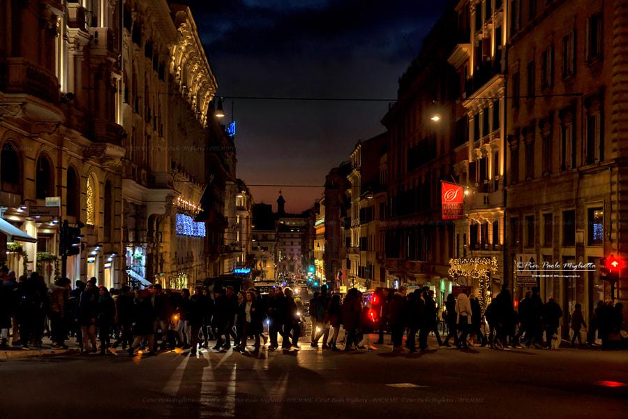 Crosswalk (Attraversamento pedonale)... by Pier Paolo Miglietta on 500px.com