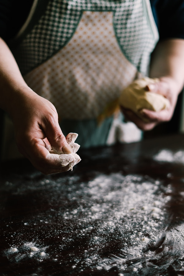 Making bread by Petar Tutundziev on 500px.com