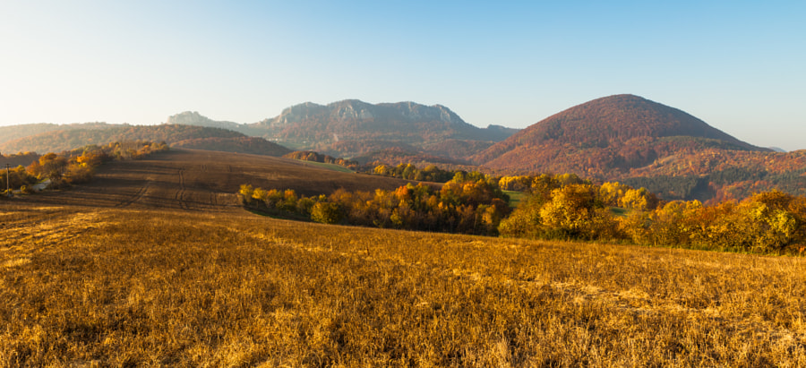 Autumn at mountain by Ladislav Tiles on 500px.com