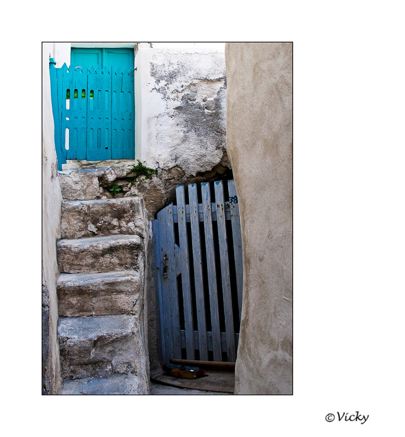 Photograph old doors, Santorini by Vicky Dens on 500px