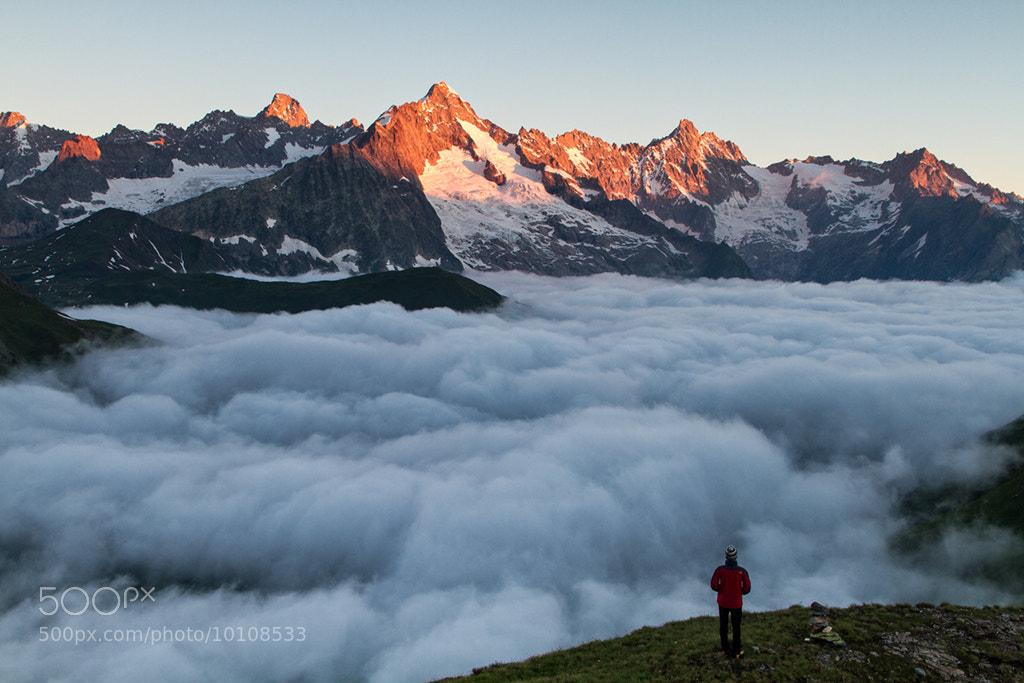 Photograph Solitude sur une mer de nuages by Gilles Monney on 500px