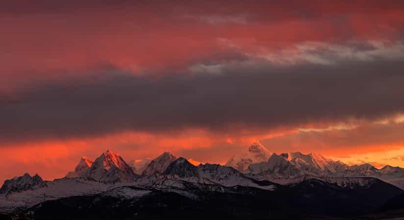 sunset of minaya gongga by Larry Geng