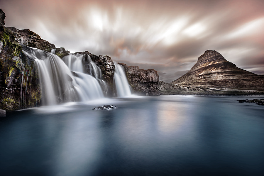 Kirkjufellsfoss in the evening by Robert Didierjean on 500px.com