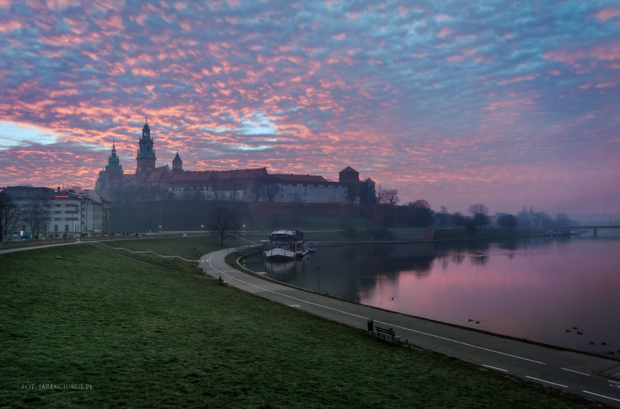 Sunrise at Wawel