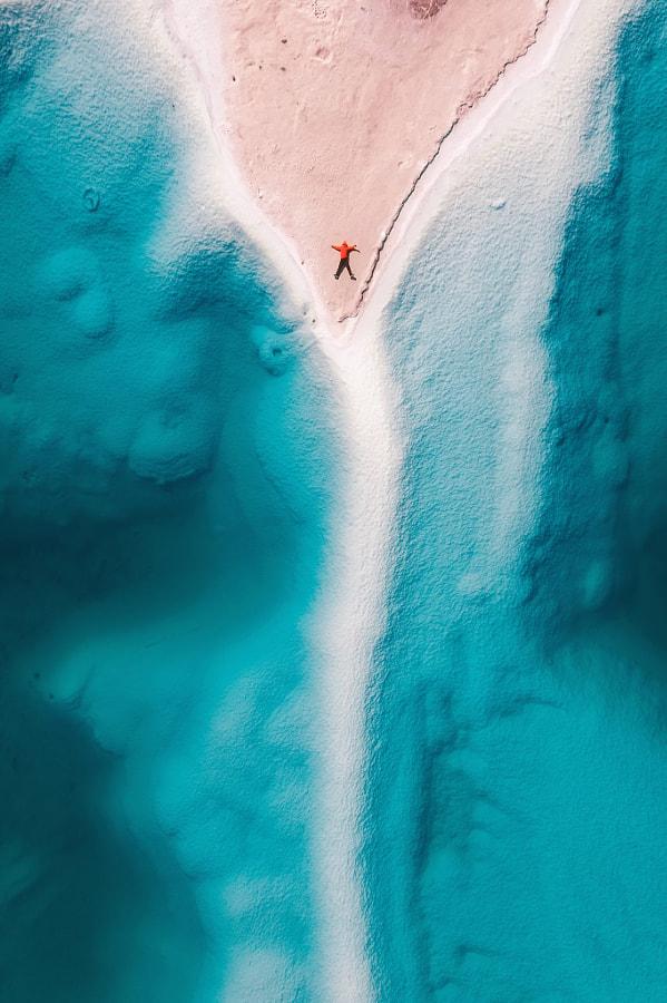 这里不是蓝色大海,这里是青海大柴旦翡翠湖,无人机上帝视角 by 梦旅人带你去旅行  on 500px.com