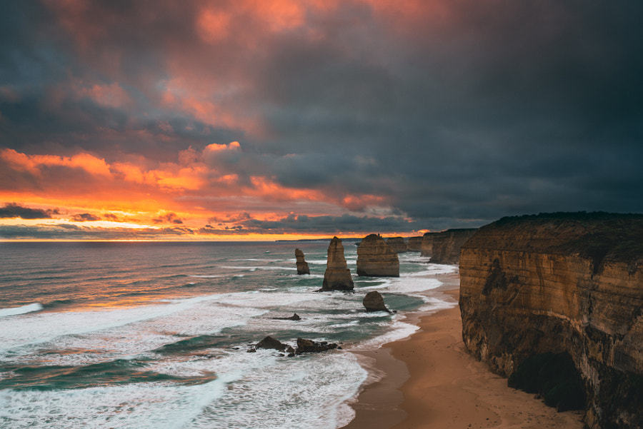 Sunset in the Twelve Apostles by Chang-Min Ok on 500px.com