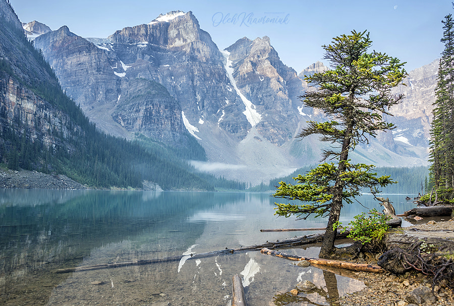 Moraine Lake in the Rocky Mountains by Oleh Khavroniuk 🎈 on 500px.com