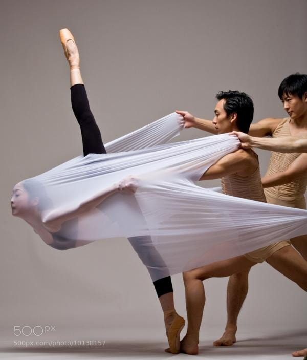 Photograph Perforrming Dance by Luigi De Falco on 500px