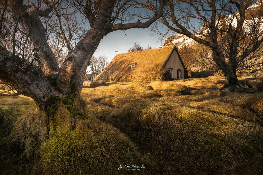 Iceland. Photographer Jakub Perlikowski