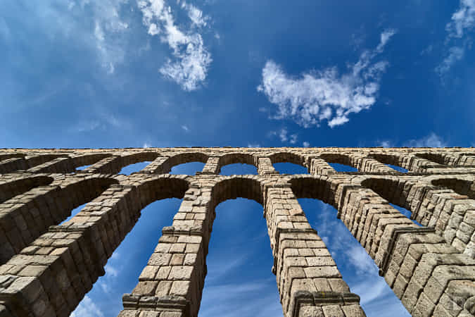 https://500px.com/photo/1014291549/Aqueduct-of-Segovia-by-Dinesh-J-Weerakkody
