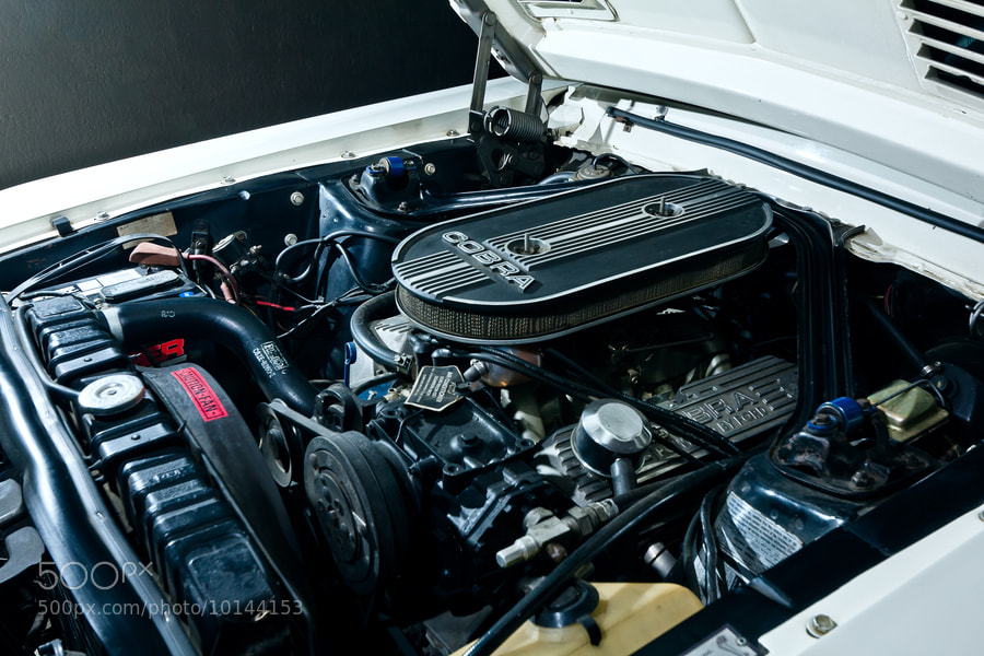 Photograph Ford Mustang Shelby GT350 Hertz engine by Héctor Mañón on 500px