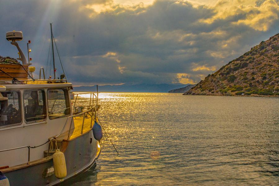 Akşam  by Hüseyin Irmak on 500px.com