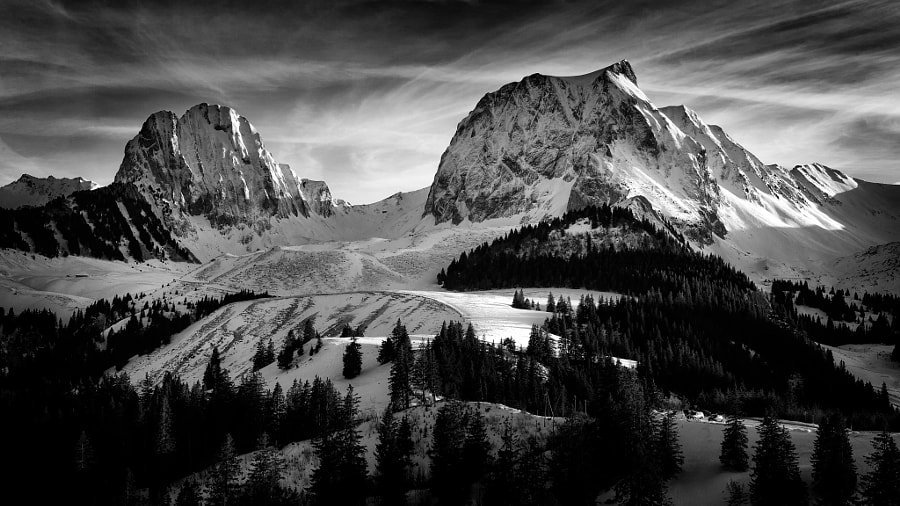 Gantrisch und Nünenenfluh | Berner Oberland (Switzerland) by Franz Engels on 500px.com