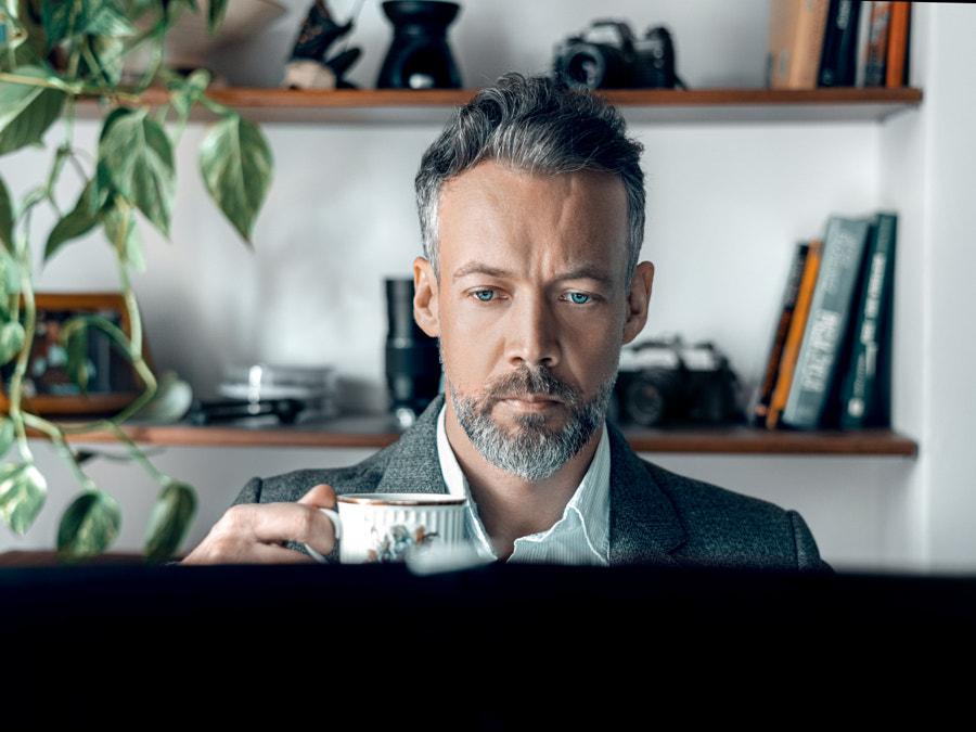 Home office by Bart?omiej Kopczy?ski on 500px.com
