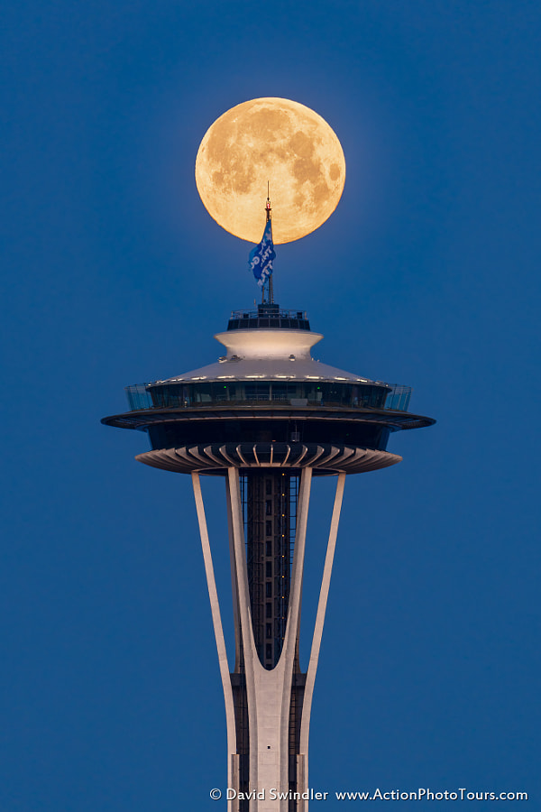 Final Supermoon by David Swindler on 500px.com