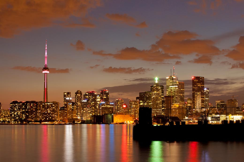 Photograph Toronto by Night by Gustavo Osterling on 500px
