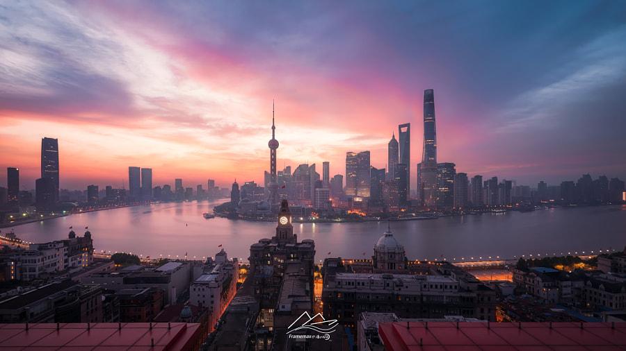 日出前的一瞬 by FMAX | 漂亮的内存条  on 500px.com