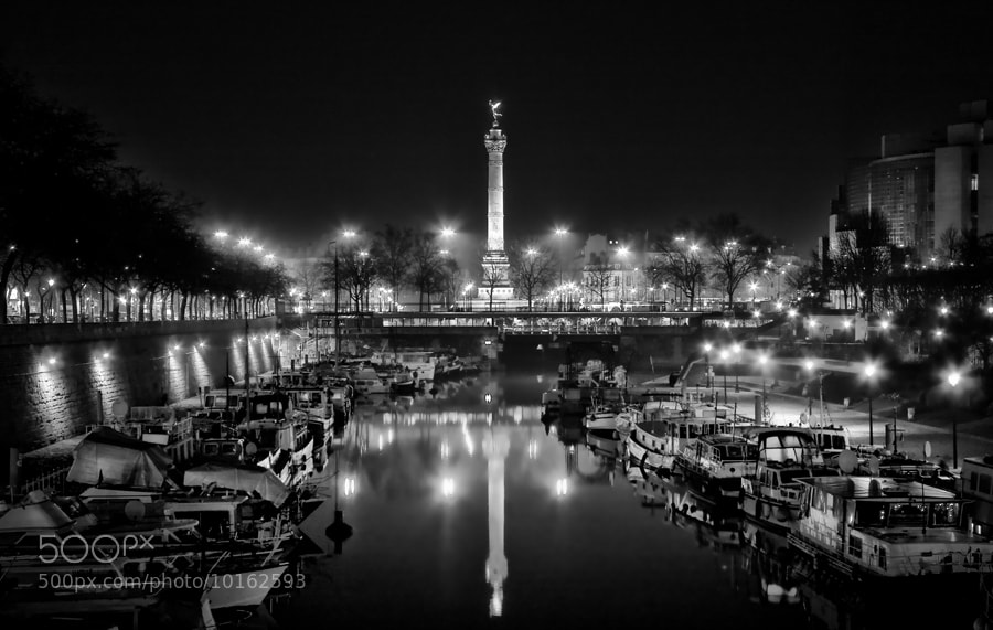 Photograph La Bastille by Regards Parisiens on 500px