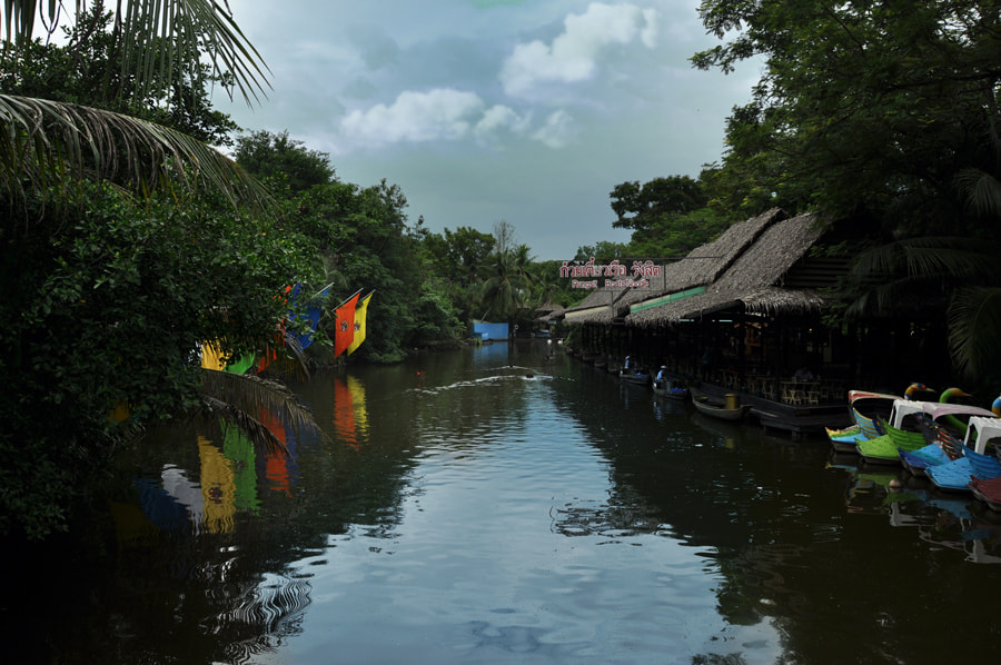 Photograph Floating Market 2 by Khoo Boo Chuan on 500px