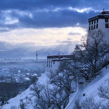 the Potala Palace snow