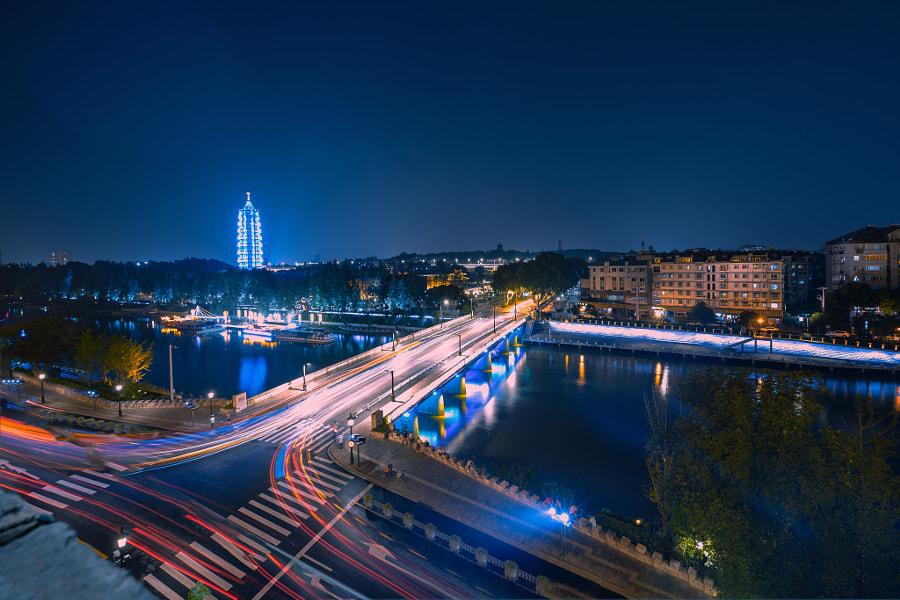 夜色+长干桥(南京) by 马洪伟(树影)  on 500px.com