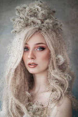 Dandelion Crown by Jovana Rikalo