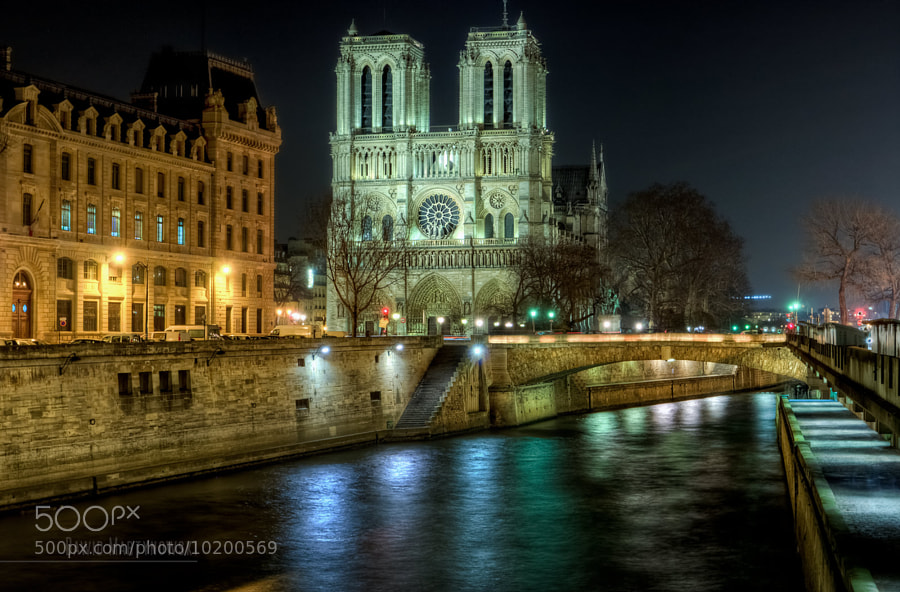 Photograph Cathédrale Notre-Dame de Paris by Dawid Martynowski on 500px
