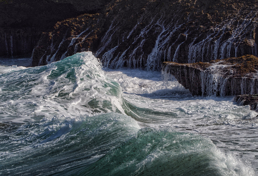 Photograph Waves - Aruba by Nancy Lundebjerg on 500px