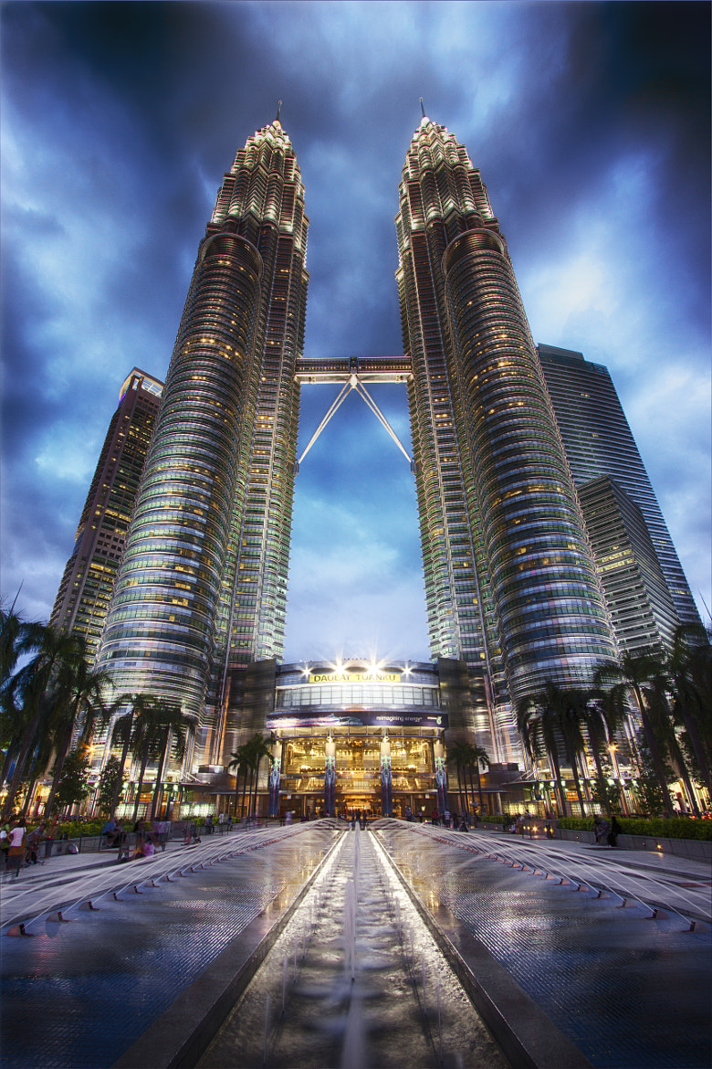 Photograph Twin Towers by Rainui Chauvin on 500px