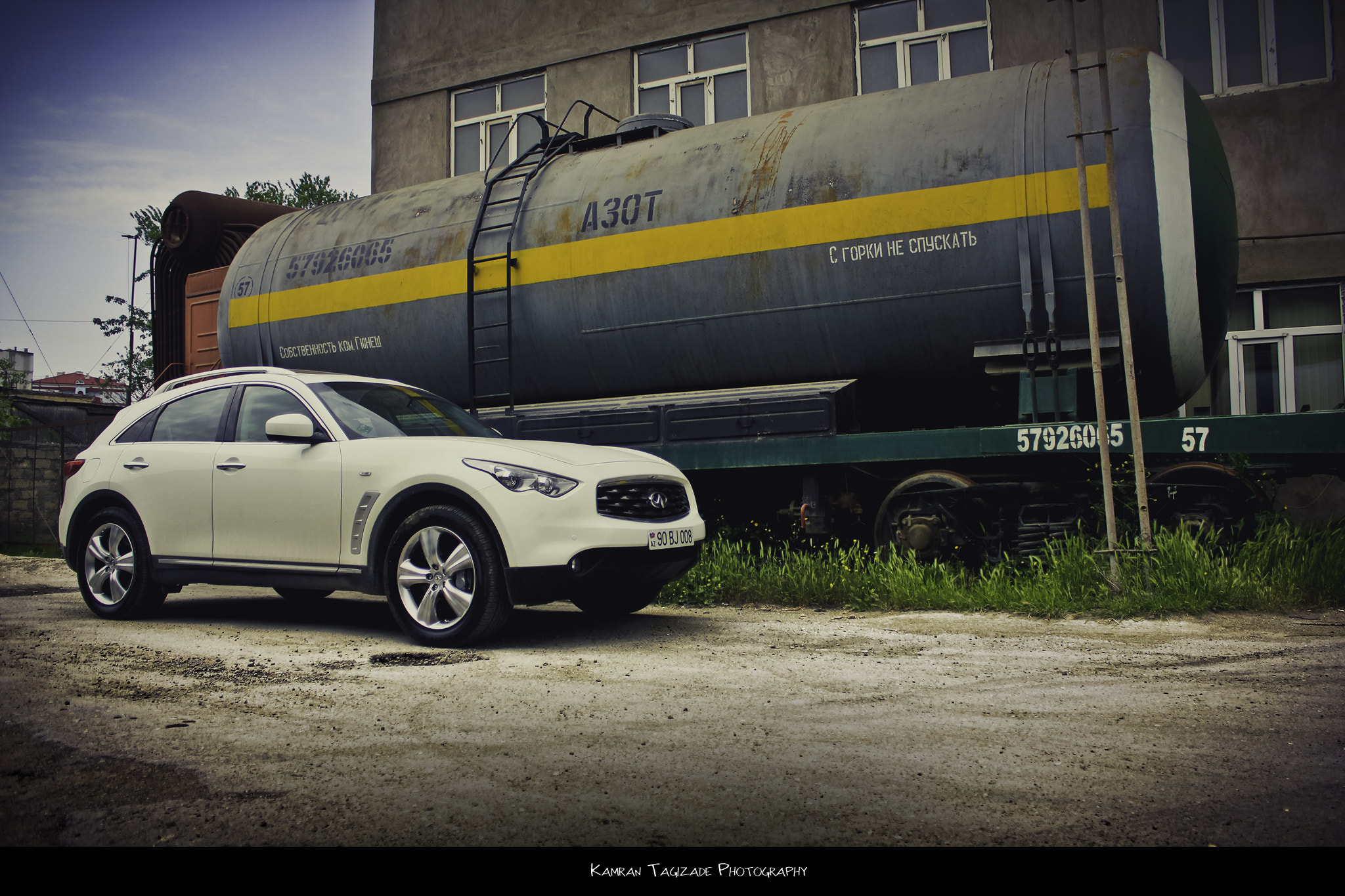 Photograph Infiniti fx35 by Kamran Tagizade on 500px