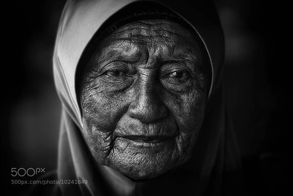 Photograph Im Lonely by Punk5Hitam Blacks on 500px