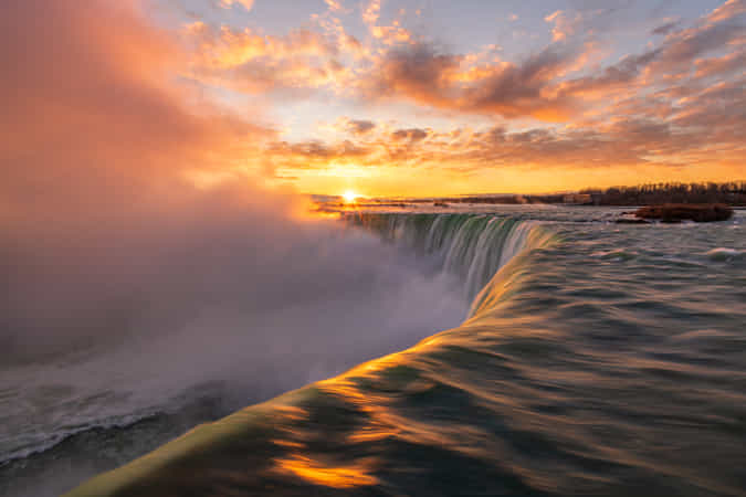 Niagara Falls by Marvin Ramos